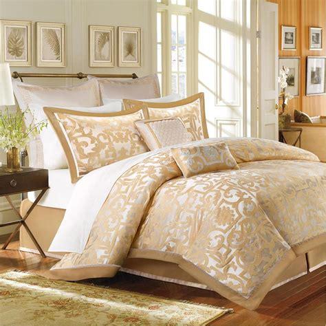 beautiful luxury 8 pc gold beige ivory comforter