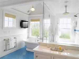 Nantucket beach style bathroom boston by nantucket for Nantucket style bathrooms
