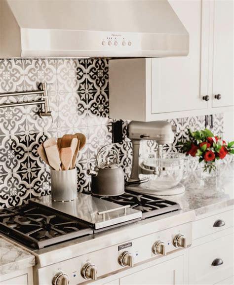 kitchen backsplash  amazing black  white tile