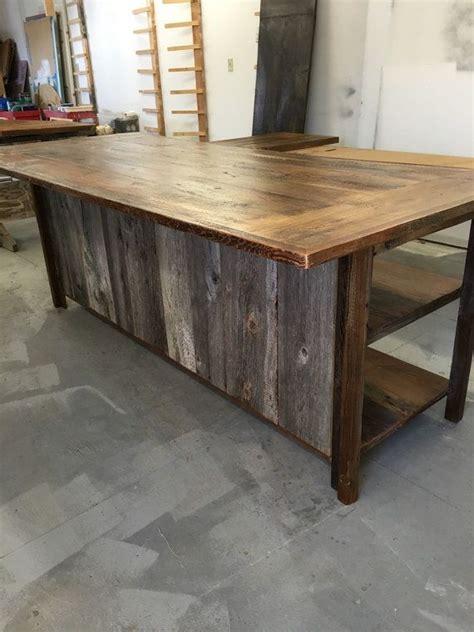 kitchen island reclaimed wood best 25 rustic kitchen island ideas on rustic 5142
