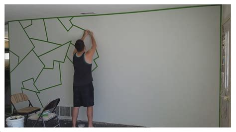 Muster Streichen Wand by How To Paint Quot Almost Quot Line Patterns On Your Wall