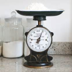 Antique Vintage Kitchen Scale