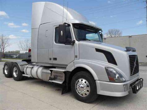 2012 volvo big rig volvo vnl430 2012 daycab semi trucks