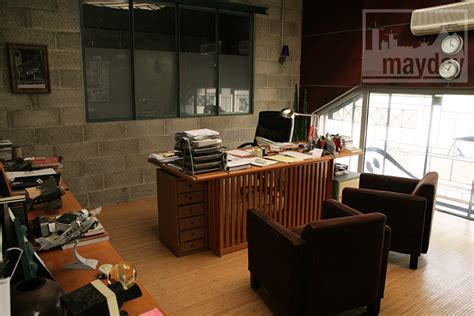 bureau chef bureau moderne dans un atelier clav0029 agence mayday