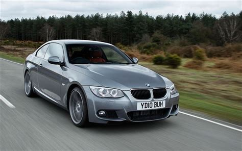 bmw  series coupe  car review honest john