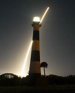 Spectacular Nighttime Launch of NASA's ATLAS V 401 Rocket ...