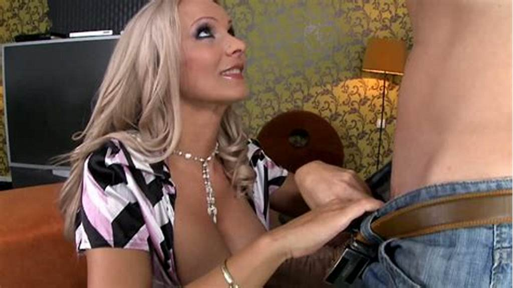 #Extremely #Sexy #Blond #Mom #Gives #A #Steamy #Blowjob #To