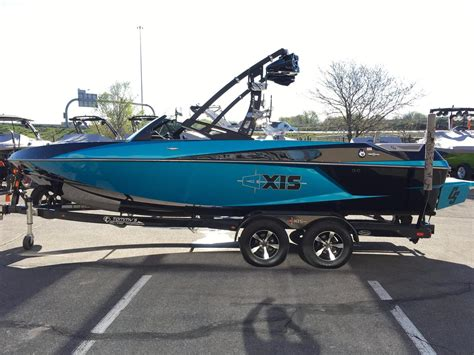 Used Axis Wakeboard Boats For Sale 2014 used axis t22 ski and wakeboard boat for sale