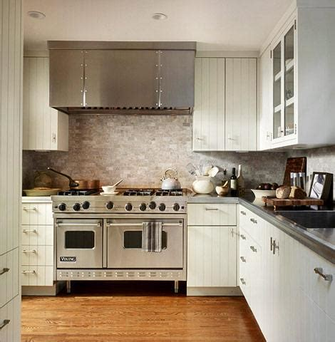 beadboard cabinets design ideas