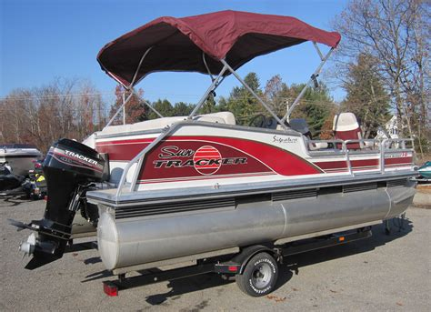 Average Weight Of Fishing Boat And Trailer by Tracker Bass Buggy Fishing Pontoon Boat W 40hp Mercury