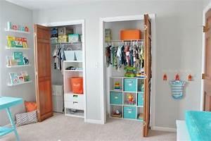 Rangement Chambre Enfant Ikea : le rangement chambre b b quelques astuces pratiques ~ Teatrodelosmanantiales.com Idées de Décoration