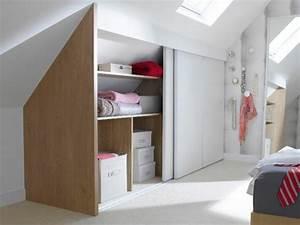 1001 idee pour un dressing sous pente gain de place With porte de placard sous comble
