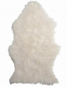 Tapis Blanc Fausse Fourrure : banc fausse fourrure blanche d coration scandinave ~ Teatrodelosmanantiales.com Idées de Décoration