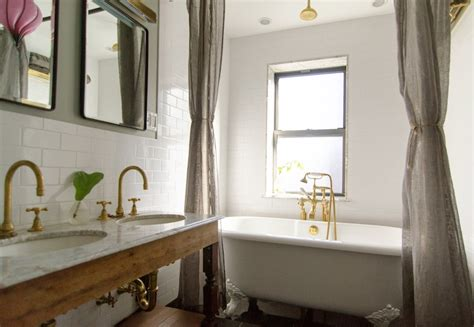 gray walls vintage bathroom benjamin moore