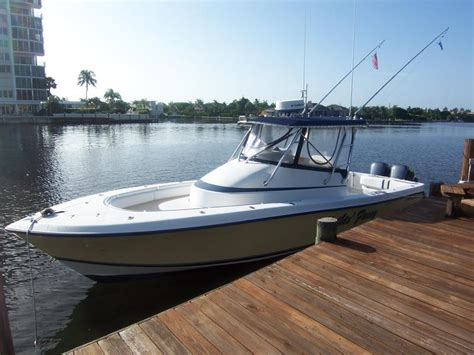 Contender 31 Fisharound Used Boats by 2002 Contender 31 Fish Around Powerboat For Sale In Florida