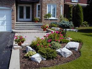 Landscaping small front yard townhouse joy studio design for Garden ideas for small front yards
