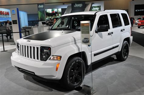 jeep liberty arctic for sale jeep liberty has date with oblivion next thursday autoblog
