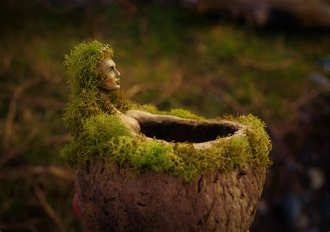 ≡ Stunning And A Little Bit Creepy Sculptures Made Out Of ...