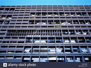 Corbusier Haus Berlin : le corbusier haus 39 berlin stock photo royalty free image 129592775 alamy ~ Markanthonyermac.com Haus und Dekorationen