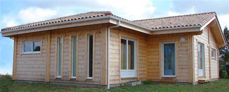 maison en bois kit cle en maison bois cl 233 en mikabois maisons bois