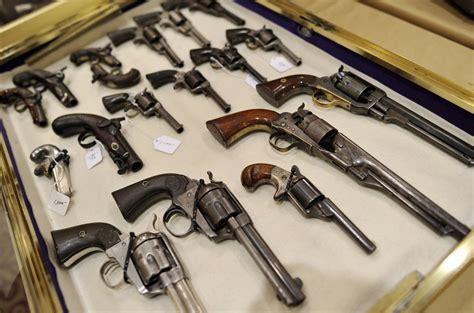 Bill Would Allow Wisconsin Felons To Possess Antique Guns