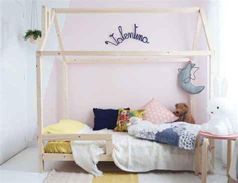 d馗oration chambre enfants du bois dans une chambre d 39 enfant inspiration déco mademoiselle claudine le