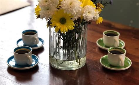 For every coffee drinker, there are great accessories to complement your coffee cravings. Coffee accessories that are every coffee lover's dream!