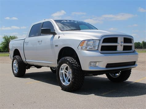 Dodge Ram Lifted by Dodge Ram Lifted Pictures Hd Photo Gallery Dodge 2012