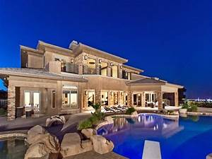 Luxury Houses For Sale in Las Vegas