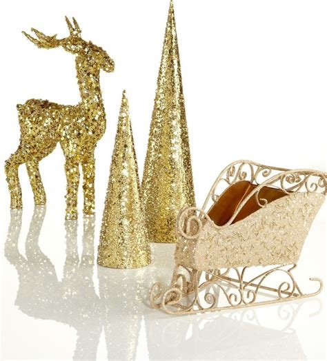 Vintage Butterfly Chair by Dazzling Gold Christmas Decoration Inspirations