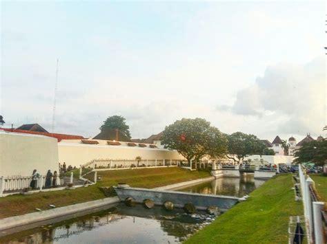 fort vredeburg museum jogja indonesia