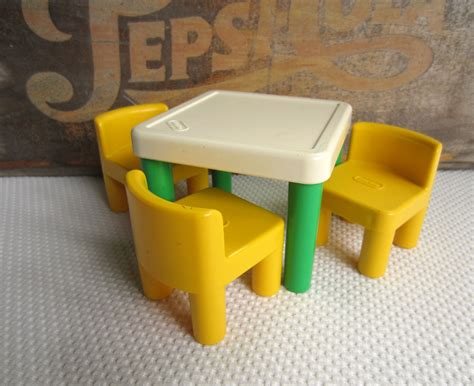 little tikes table set little tikes classic table and chairs set decor