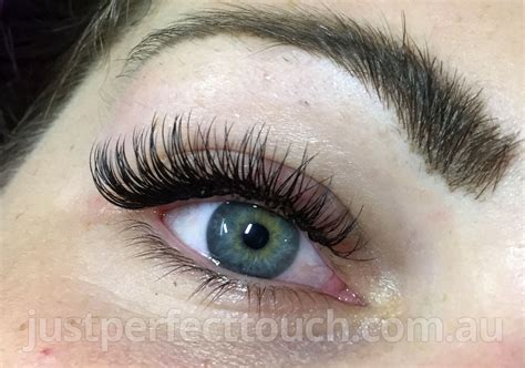 Eye Lash classic eyelash extensions just touch