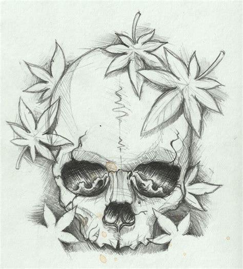 simple skull drawing   clip art