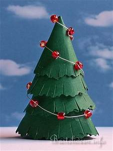 Weihnachtsbaum Aus Draht : papierbasteln f r weihnachten weihnachtsbaum aus tonkarton ~ Bigdaddyawards.com Haus und Dekorationen