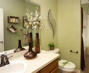 bathroom decorating ideas budget top 10 bathroom decorating ideas on a budget with pictures decolover net