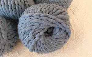 Plaid Grosse Maille Laine : laine merinos geante cale on laine merinos rlobato ~ Teatrodelosmanantiales.com Idées de Décoration