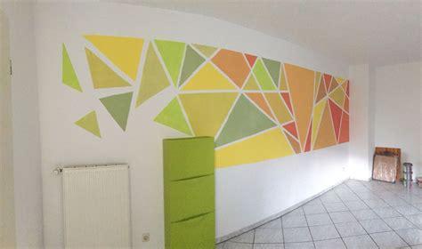 Wandgestaltung Kinderzimmer Grün Blau by Gr 252 N Orange Symphonie Mosaik Wand Streifen Dreiecke