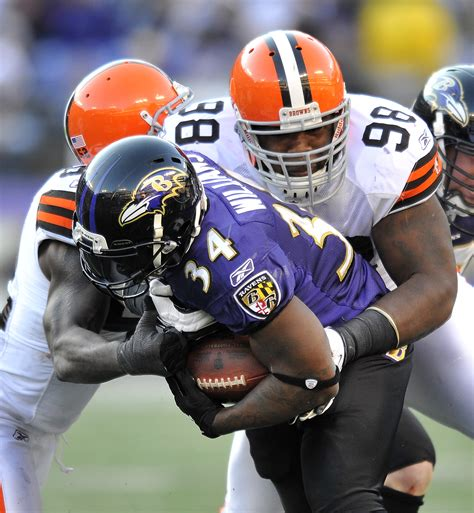 ravens nab  straight win  browns  blade