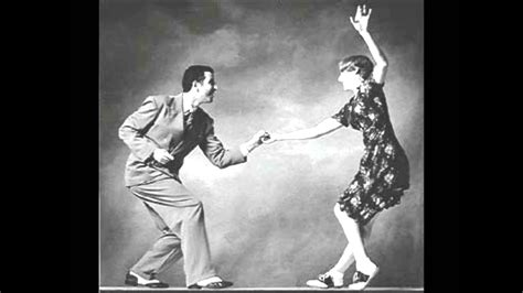"""(1) mainstream am radio (your hit parade as so many formats were entitled back then), (2) the dance and concert halls where the big bands played, or soloists like crosby sang & (3) the armed forces uso's and canteens. """"In the Mood"""" swing music--by Glenn Miller - YouTube"""