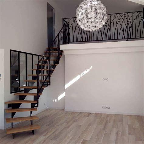 Escalier / Garde corps   Modèle «art déco»   Ville de
