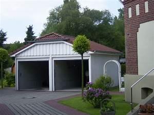 Doppelgarage Mit Satteldach : doppelgarage mit zwei toren markenverbund die garage ~ Whattoseeinmadrid.com Haus und Dekorationen