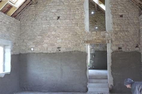 mur interieur humide que faire salpetre mur interieur gallery of duune chaux with salpetre mur interieur pensezvous que