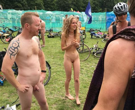 Swedish Single Teen Girl Attracts Men At Wnbr 26 Pics
