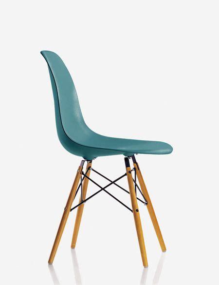 chaise eames bleu nouvelles couleurs pour les chaises eames mauve