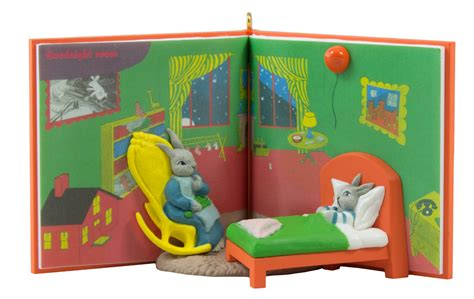 Hallmark Keepsake Goodnight Moon In The Great Green