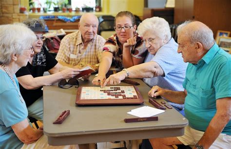 indoor group activities  seniors promote socialization
