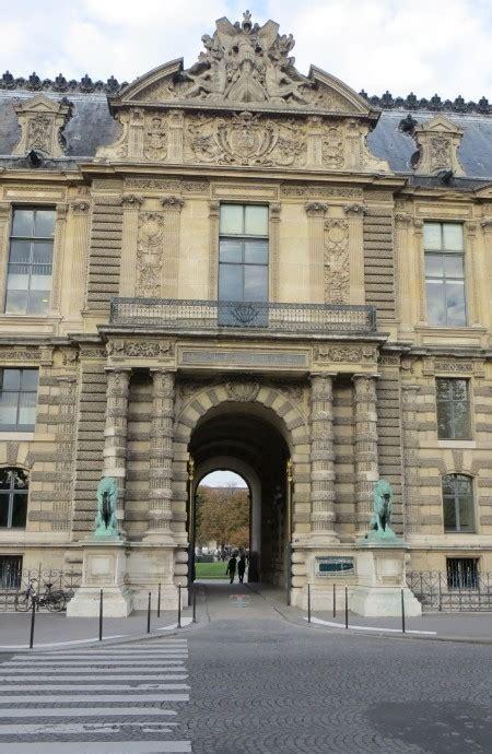 porte des lions louvre 28 images palais du louvre musee de louvre pavillon des flore porte