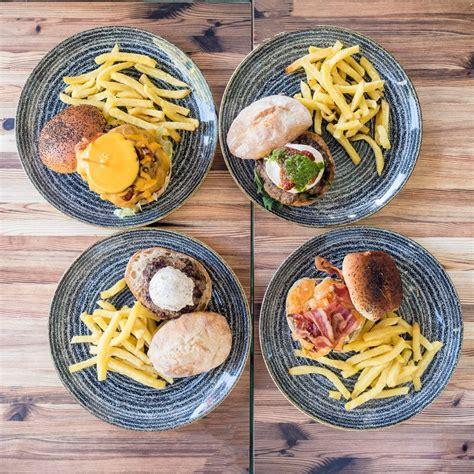 Seguinos en nuestras redes y preparate para un gran desafío. Día Internacional de la Hamburguesa - Queen Burger Gourmet