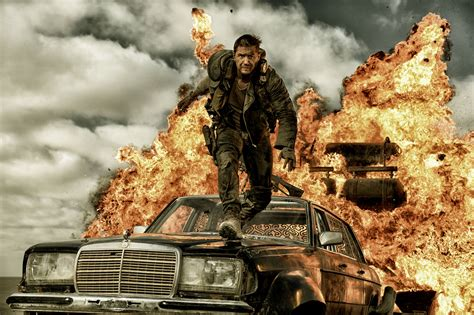 Mad Max Fury Road Sequel Charlize Theron Wants To Return